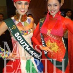 Miss-Earth-South-Africa-and-Miss-Earth-Vietnam-Do-Hoang-Anh-at-the-National-Costume-Gala-event-last-night