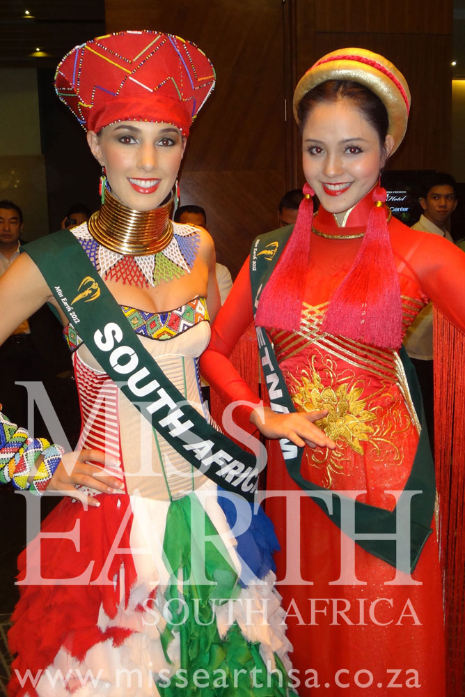 Picture Of National Dress Miss South Africa 2