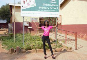 Miss Earth SA Regional Semi-Finalist Lebogang Tema meets Sikhanyisele Primary School.