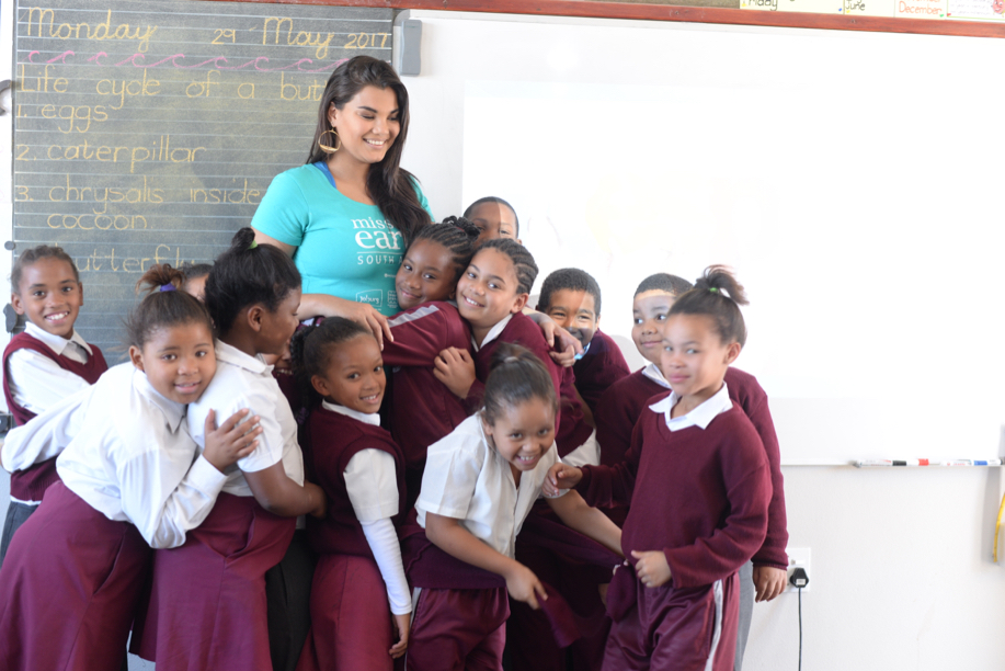 Hugs from Cavalleria Primary Photo by Kelly Arendse
